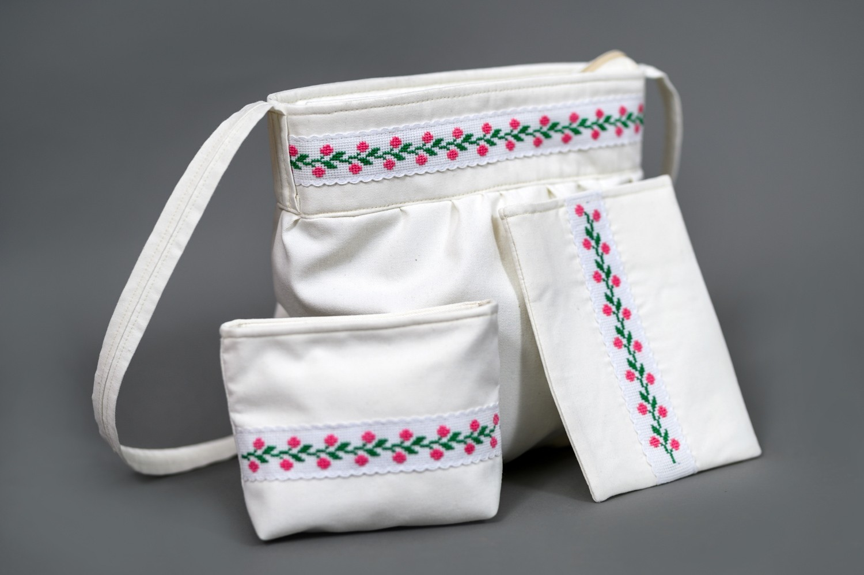 Vyšívaná, dámska taška - trojdielna - TS014